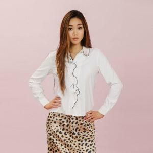 Blouse with cat heads that button